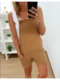 Mono corto marrón + camiseta