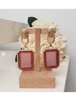 Pendientes dorados marco rosa