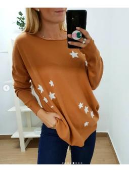Suéter estrellas marrón...