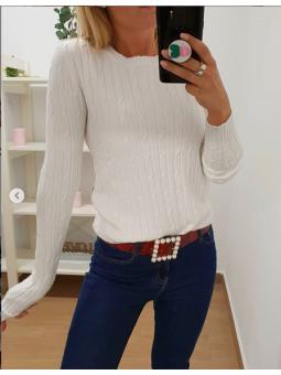 Suéter blanco nudos