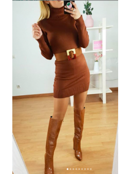 Vestido marrón lana cuello...