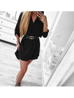 Vestido negro pliegue...