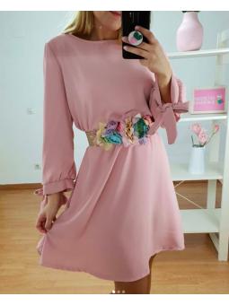Vestido rosa+cinturón...