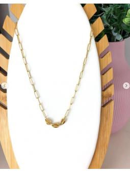 Collar cadena conchas doradas