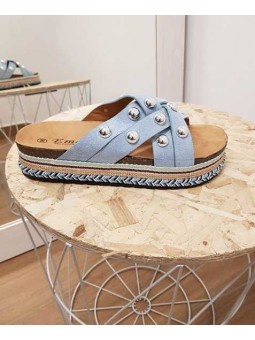 Sandalia azul tachuelas suela étnica