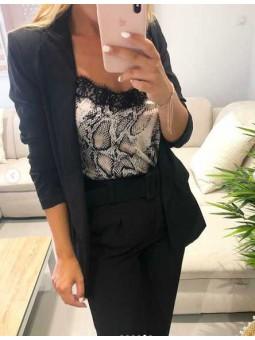 Americana negra // Pantalón negro cinturón