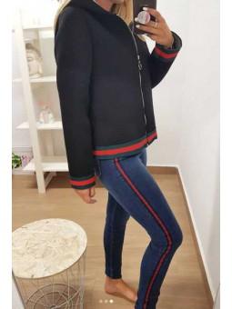 Pantalón vaquero franja roja