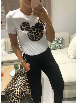 Camiseta leopardo lazo Mickey // Pantalón franja leopardo