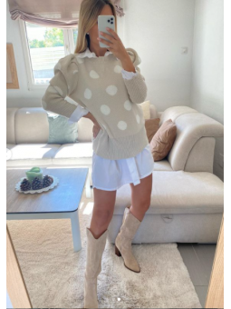 Suéter Beige lunares  blancos