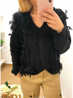 Suéter lana flecos negro