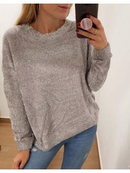 Suéter chenilla gris y...