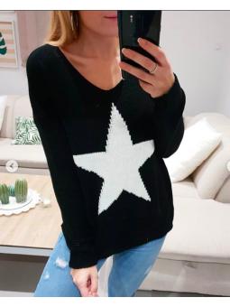 Suéter negro estrella