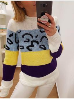 Suéter franjas animal print...