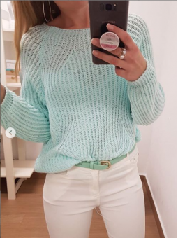 Suéter verde agua cuello barca