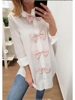 Camisa blanca lacitos rosas...
