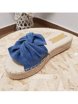 Sandalia azul lazo