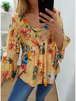 Blusa estampado tropical...