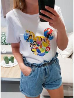 Camiseta silueta princesas