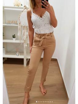 Pantalones camel lazo